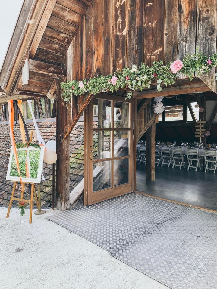 DIY Blumenbogen – Ein Hingucker für jedeParty